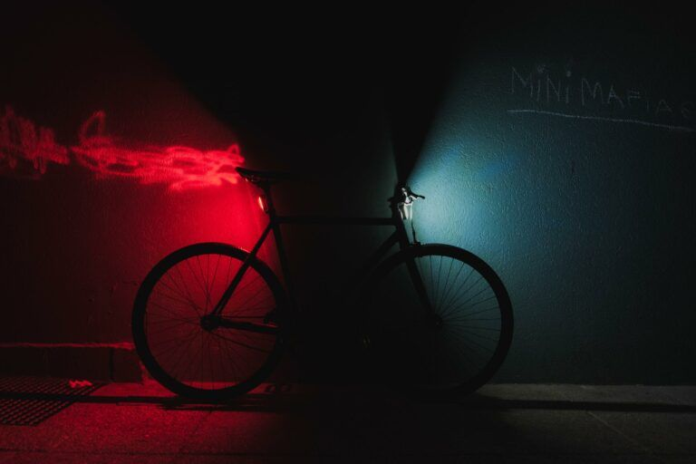 Best Bike Lights For Fixed Gear Bikes 2021 | Fixie 101